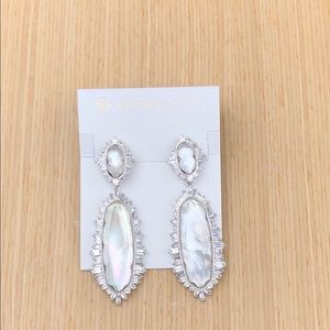 Kendra Scott Katrina Ivory Mother OfPearl Earrings